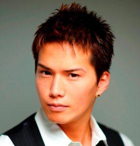 安村 髪型